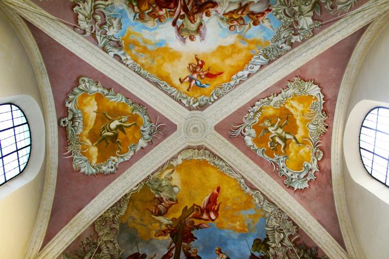 ceiling close
